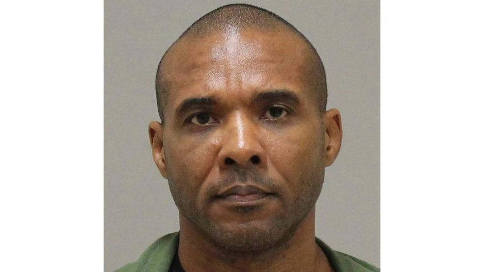 Murder warrants issued for escaped Texas MMA fighter | WEAR